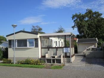 Chalet Zwaan 1179 in Renesse