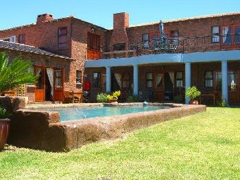 Humewood Villa Guest House in Parklands