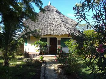 Bungalow Kipopo in Diani Beach