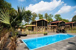 Wellness-Bungalows mit Jacuzzi in Uddel