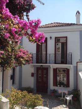 villagehouse Vasaki in Skopelos