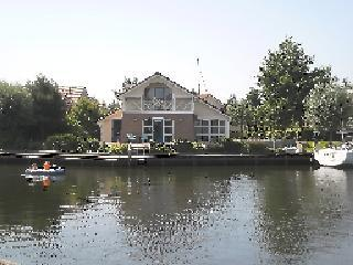 Semi-Bungalow Waterlelie in Workum