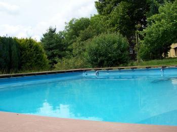 Gemütliches Ferienhaus Mit Pool In Marienberg