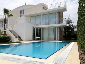 High Quality Belek Novron Feronia Villa Seperates Pool, 3+1 Zimmer