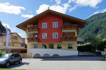 Wellness-Residence Alpenkristall in Luttach