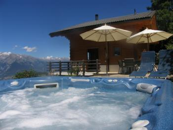 Haute-Nendaz ,Freistehend Chalet 8 Pers mit Panoramablick, kamin, jacuzzi