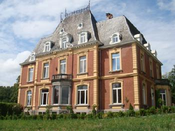 Chateau Neufays in Theux-Fays