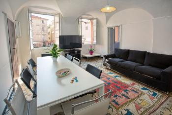 Apartment für 8 Personen in Finalborgo