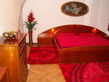 HONEYMOON APARTMENT PRAGUE ZENTRUM in Praha 5 - Smichov