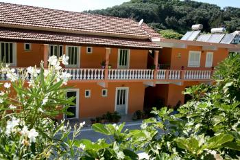 Studios Apartments Euthimia in Gardeno Beach