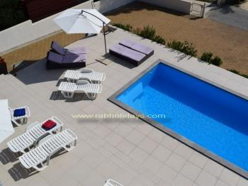 Fewo in Villa mit Pool, Grill in Strandnahe