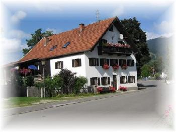 bed and breakfast Gästehaus in Unterammergau