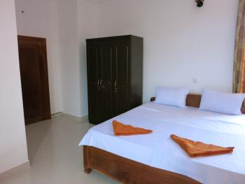 Sihanoukville Hotel, Pension